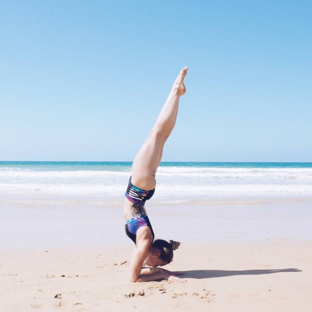 beach yoga bikini roxy