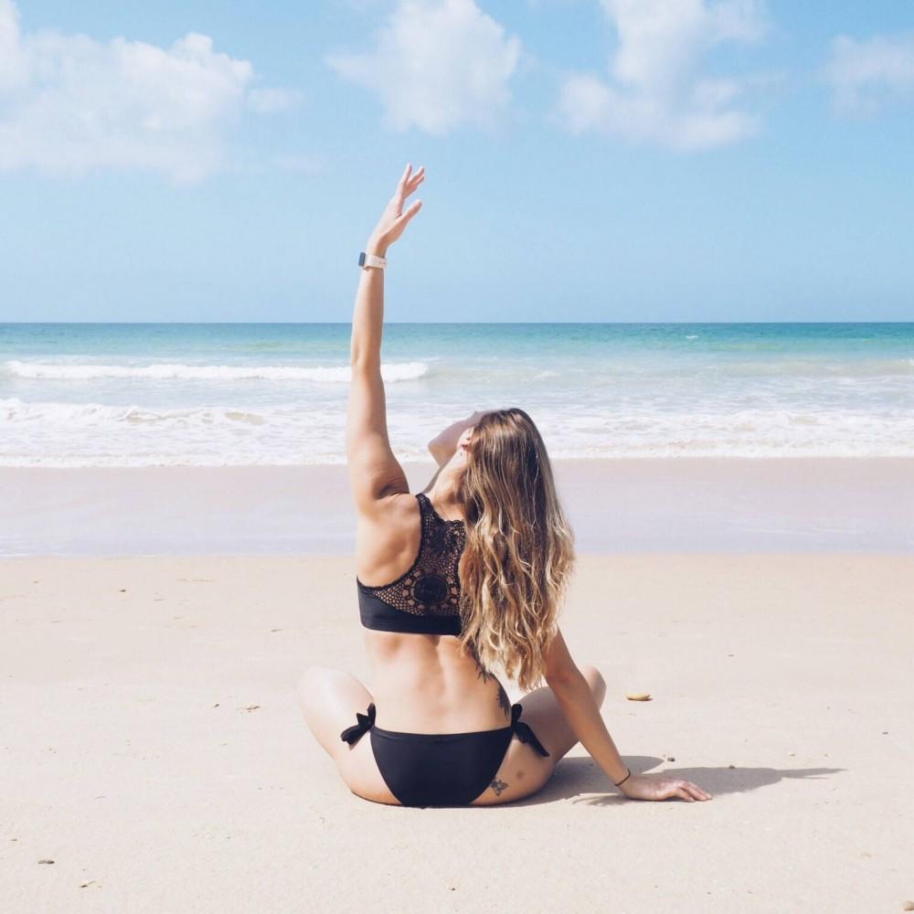 beach yoga bikini